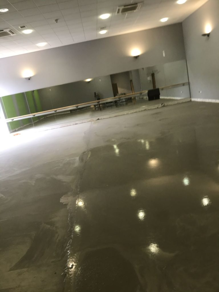 Screeding Croydon and Surrey - Services - Ralph Plastering